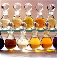 huiles-essentielles-flacons